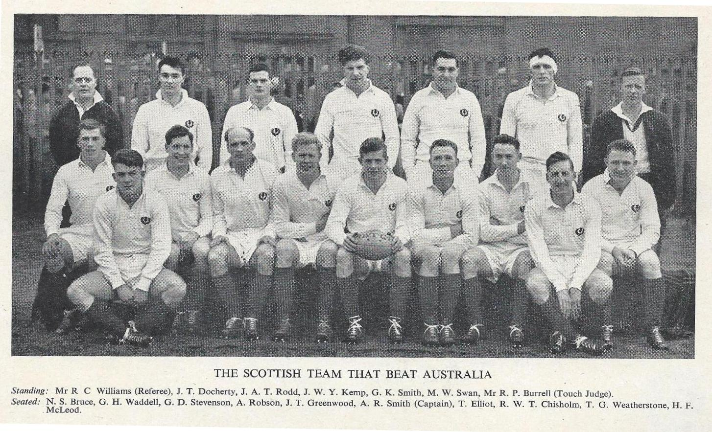 1958 Scotland v Australia Team Photo - Rugby Memorabilia Society.jpg