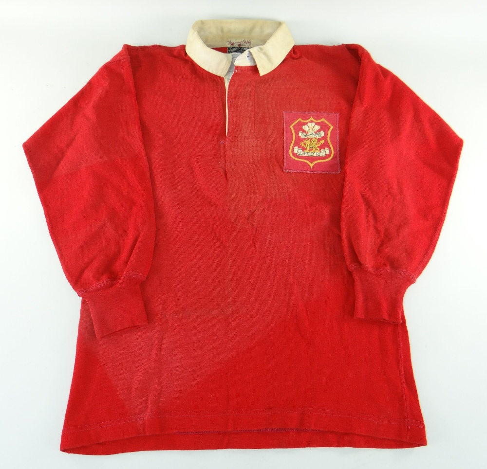 1963 Llanelli Jersey - Norman Gale (2)